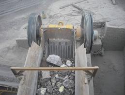 碎石機-003